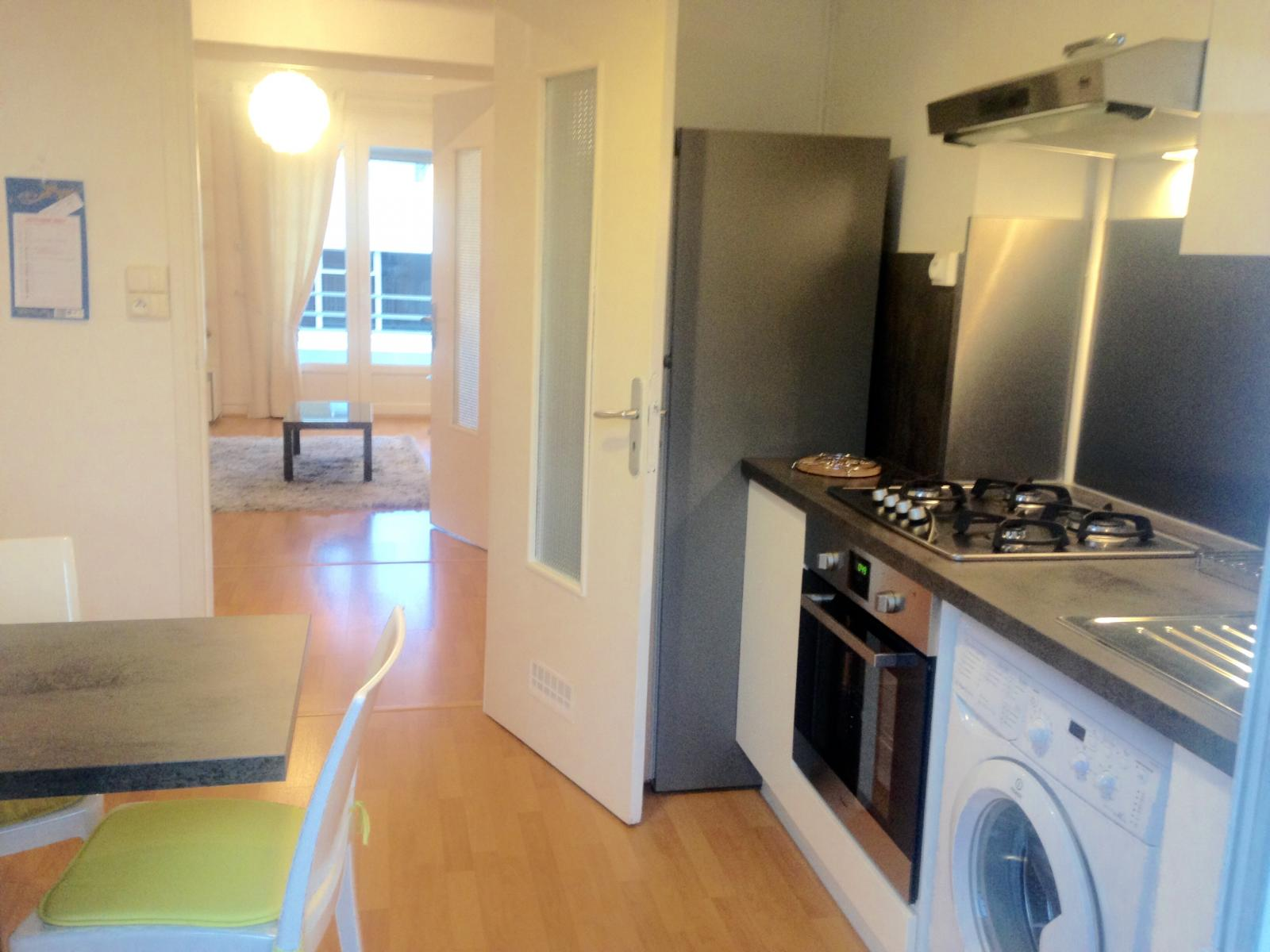 Annonce location appartement b ziers 34500 96 m 710 for Location appartement meuble beziers