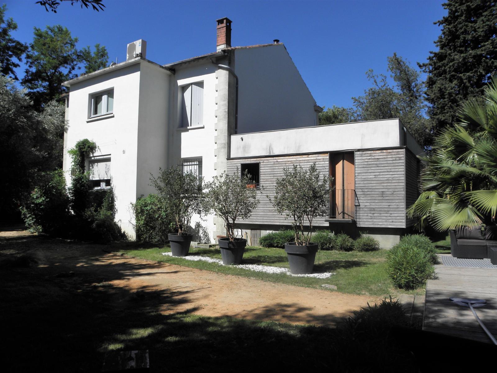 Annonce vente maison montpellier 34000 297 m 1 495 for Maison de l agglomeration montpellier